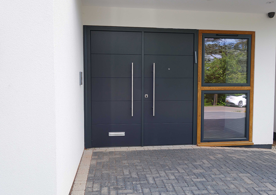 Security doors 883 - double leaf